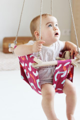 Baby swing April Eleven