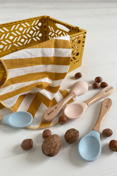 Customizable baby wooden spoon