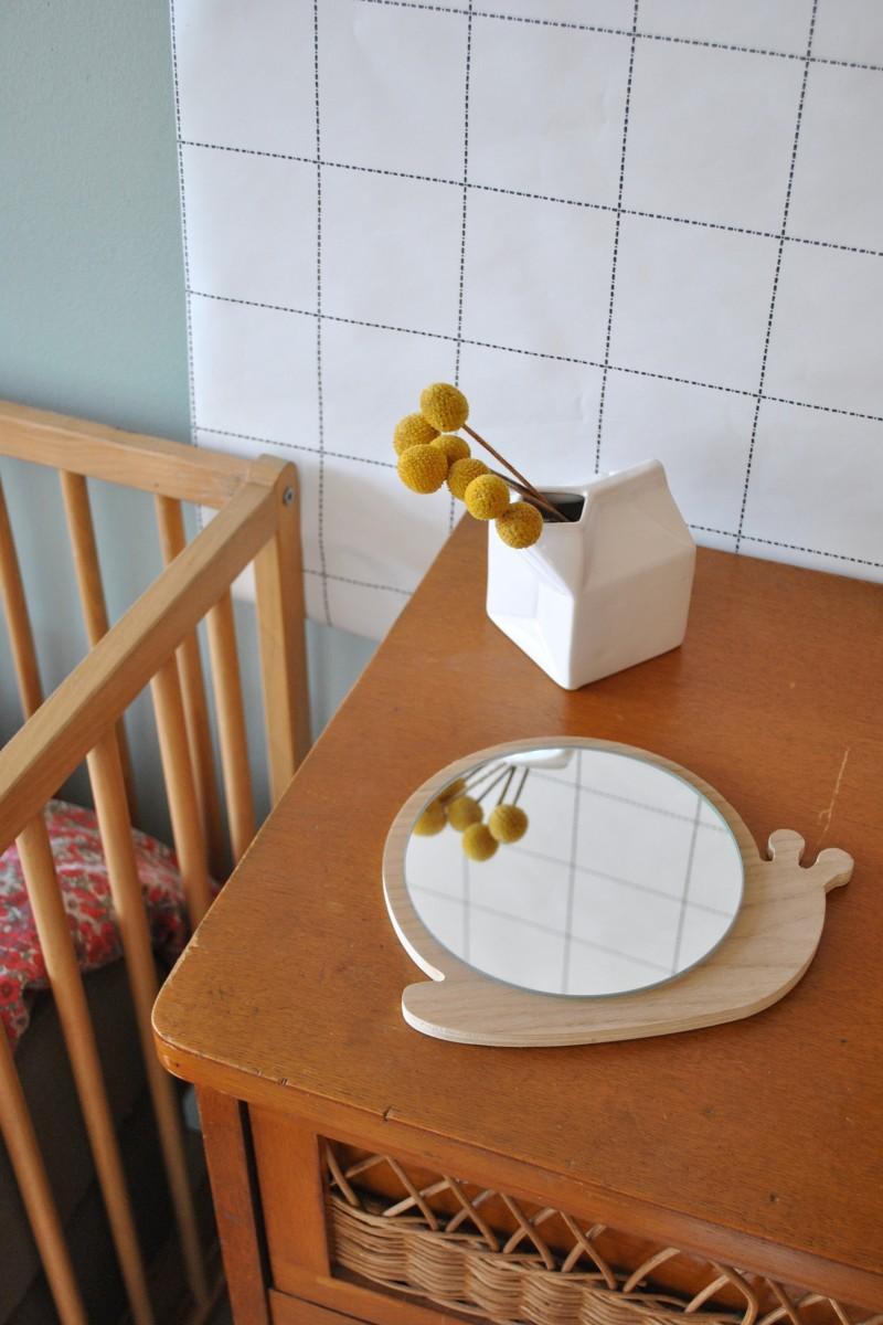 Miroir escargot en bois