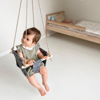 Fabric swing