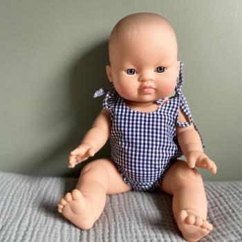 Vêtements de poupée